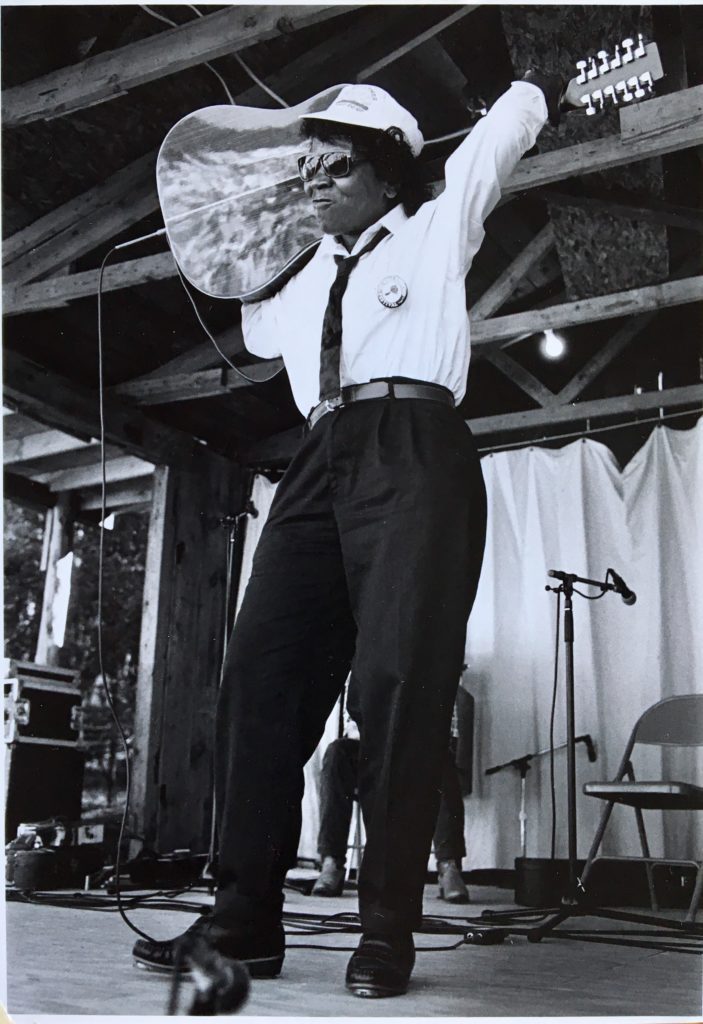 Algia Mae Hinton performing at the Wheatland Music Festival in Remus, Michigan, September 1990, photo by Barclay/Brisbane